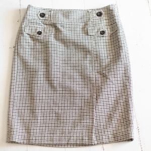 Ann Taylor Houndstooth Beige Green Pencil Skirt